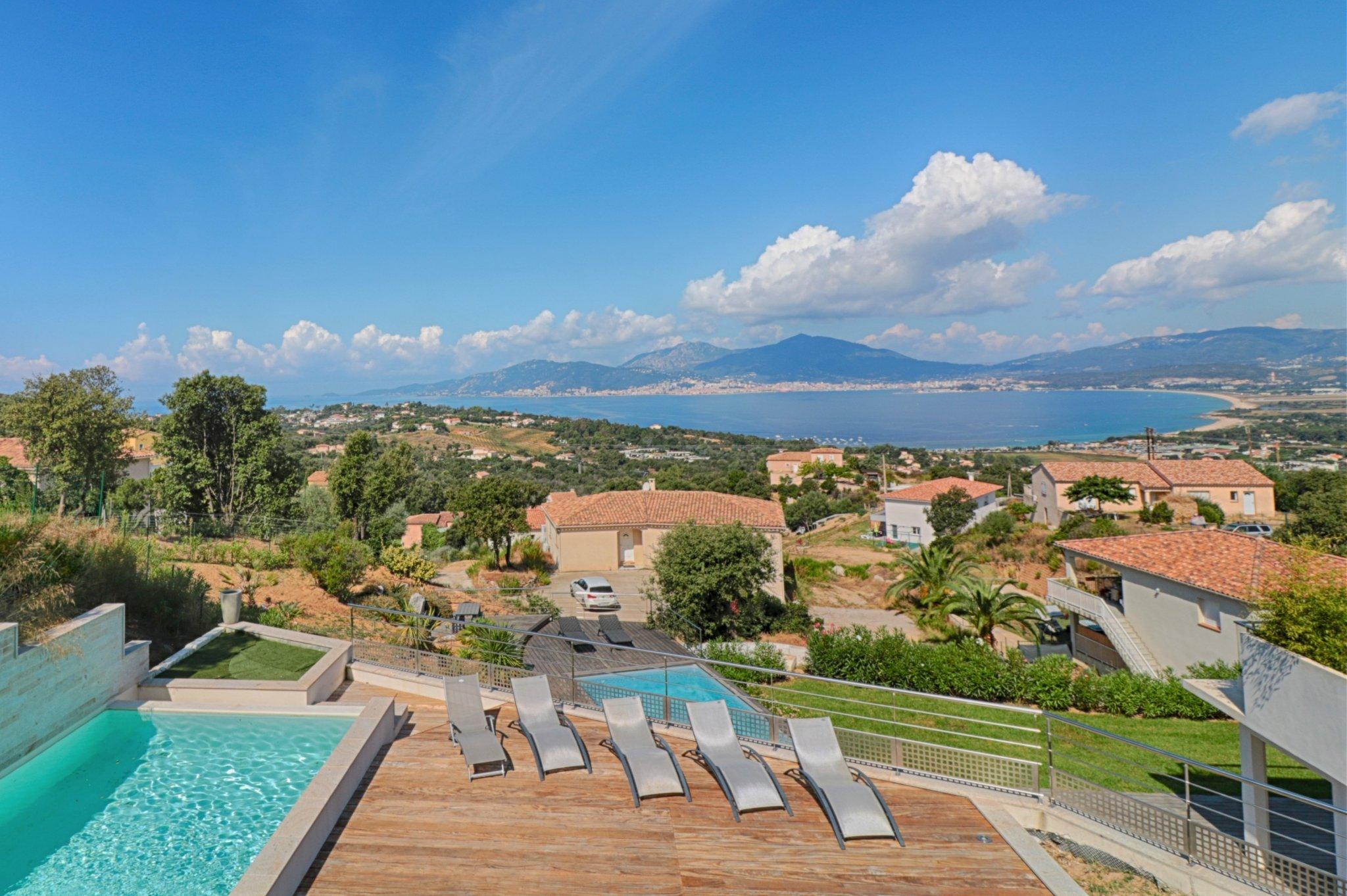 PORTICCIO - Villa contemporaine et vue sur la mer